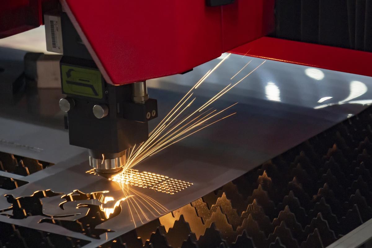 製造業のSEO対策を基礎から解説、「加工事例」が超重要なワケとは 連載:製造業のためのデジタル営業戦略 ビジネス+IT